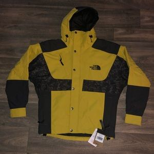 "The Northface ""Rage"" Jacket Sz. Small"